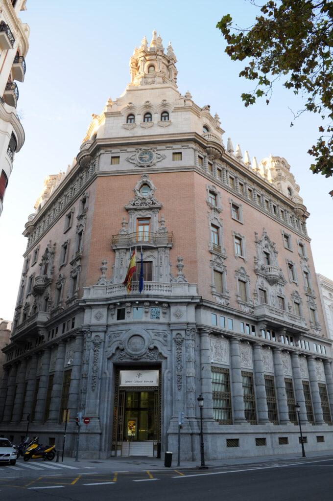 Edificio del Centro Cultural Bancaja